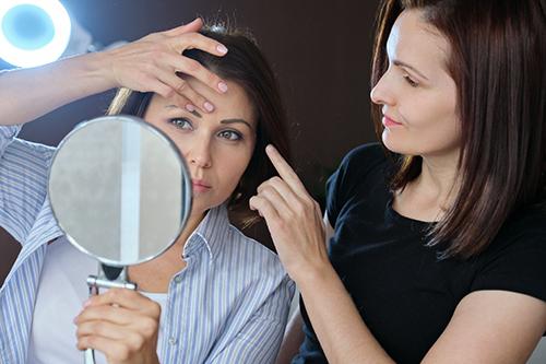 Facelift – cirurgia plástica para rejuvenescimento do rosto